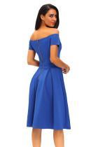 Robe mi-longue vintage bleu uni évasée