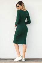 Zelený knoflík Detail svetr šaty