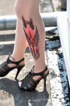Excalibur innoitti tatuointisukat