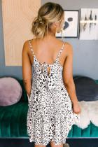 Biała babydollowa sukienka w lampasy