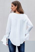 흰색 V 넥 셔링 넥타이 슬리브 탑