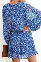 Kék V nyakú lámpa ujjú virágos tunika ruha