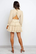 Ανοιχτό πίσω φόρεμα με μπεζ V Neck Ruffle