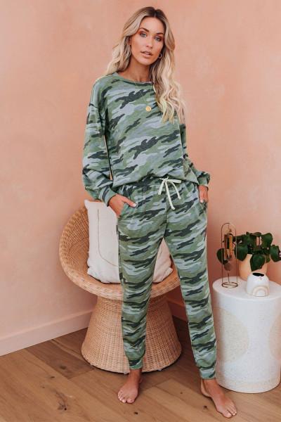 Grønn flaggermus med kamuflasje, pyjamasett