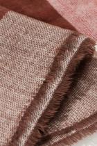 Kockás kötött takaró sál