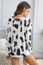 Blouse blanche à manches longues et imprimé léopard