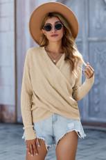 Pletený svetr s dlouhým rukávem a meruňkovým hlubokým výstřihem do V