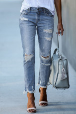 Pantalon en denim boyfriend effet usé bleu clair