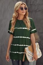 Ležérní zelené tričko s pruhovaným proužkem