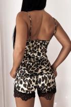 Csipkés leopárd spagetti hevederek pizsama szett