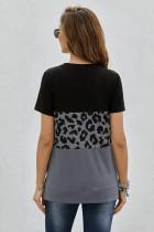 تي شيرت بأكمام قصيرة وطبعة جلد الفهد أسود