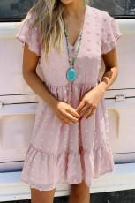 Mini-robe à pois à col en V et à manches courtes à volants rose