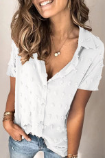 پیراهن آستین کوتاه یقه رو به پایین نقطه دکمه ای سفید