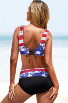 Bikini rouge à lacets à col en V et imprimé drapeau à imprimé tie-dye rouge