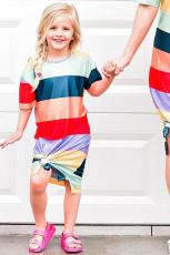 Lánya és anyja illő csíkos oldalsó osztott lány póló
