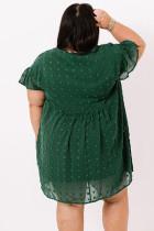 Zöld plusz méretű V nyakú fodros svájci pont miniruha zsebbel