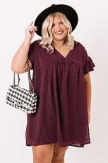Vinrød pluss størrelse V-hals volanger sveitsisk prikk mini kjole med lomme