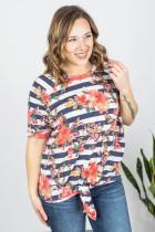 T-shirt à manches courtes à manches courtes et à imprimé floral rayé