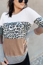 Haut à manches longues à rayures marron et imprimé léopard