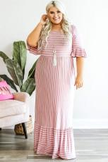 Rózsaszín csíkos Crewneck Ruffle rövid ujjú, plusz méretű Maxi ruha