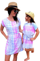 Robe courte assortie multicolore tie-dye pour maman