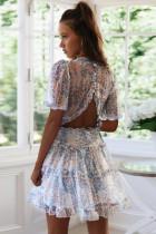 Beyaz Çiçek Desenli V Yaka Fırfırlı Backless Mini Elbise