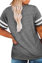 Grå T-shirt med ränder i sömlös ärm och v-ringning