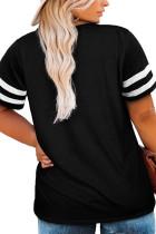 Svart T-shirt med ränder i sömmar i plusstorlek