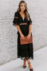 Czarna, prześwitująca, koronkowa, warstwowa sukienka w kropki