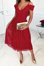 Kırmızı Soğuk Omuz Sırtı Açık Dantel Midi Elbise