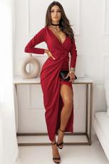Şarap Kırmızısı Uzun Kollu V Yaka Büküm Önü Yırtmaçlı Uzun Elbise