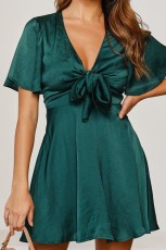 Kelebek Kol Saten Düğüm Önü Yüksek Bel Mini Elbise