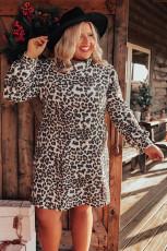 Plus Size Rollkragenkleid mit Leopardenmuster