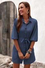 Sininen napillinen solmittava vyötäröinen farkkupaidan minimekko
