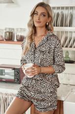 Set pigiama con camicia e pantaloncini leopardati