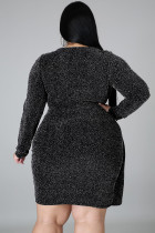 Asymmetrischer Saum V-Ausschnitt Metallic Kleid in Übergröße