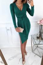 Grön V -ringad långärmad bälte i sidoklänning med bodycon -klänning