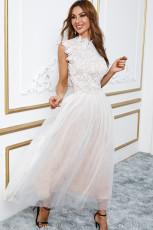 화이트 하이 넥 민소매 크로셰 레이스 메쉬 안감 이브닝 드레스