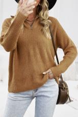 Ruskea vetoketjullinen neulepaita