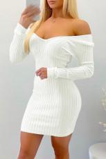 Λευκό μίνι φόρεμα Bodycon με ραβδώσεις με ραβδώσεις