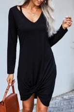 Schwarzes T-Shirt-Kleid aus Jersey mit Twist
