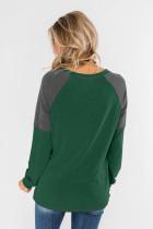 Vihreä väri lohko Raglan hihatoppi