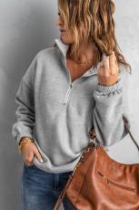 Grå genser med glidelås
