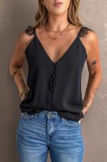 Musta säädettävät pitsihihnat -painikkeet T-paita