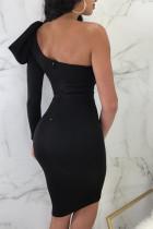 Siyah Kesimli Fiyonk Düğüm Tek Omuz Bodycon Elbise