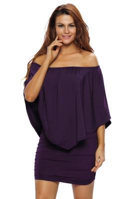 Vestido de poncho con múltiples capas en color púrpura