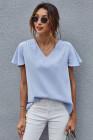 Camiseta de manga corta con cuello en V azul cielo