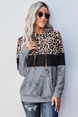 Sudadera con capucha gris con estampado de leopardo y efecto tie dye