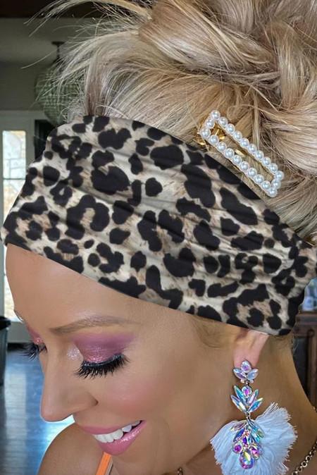 ربطة رأس بطبعة جلد الفهد الأسود