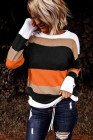 Оранжевый вязаный свитер с цветными блоками